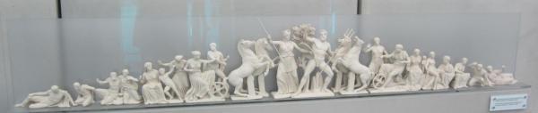 Reproduction chapiteau ouest du Parthénon - img-1163-sk