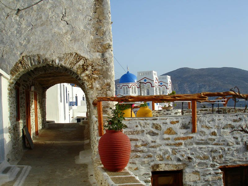 Amorgos15 village tholaria