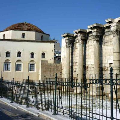 Hadrien Bibliothèque-P1010337