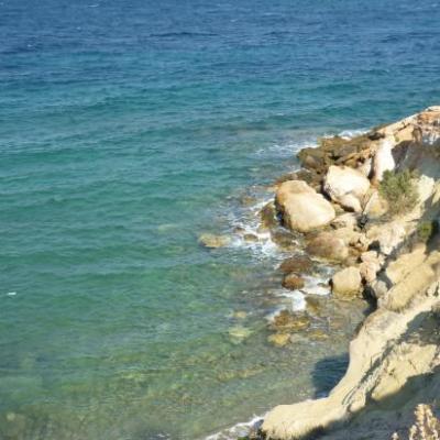 Des plages... dans des criques sauvages...