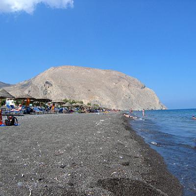 Plage noire-Santorin-Cyclades-Grèce