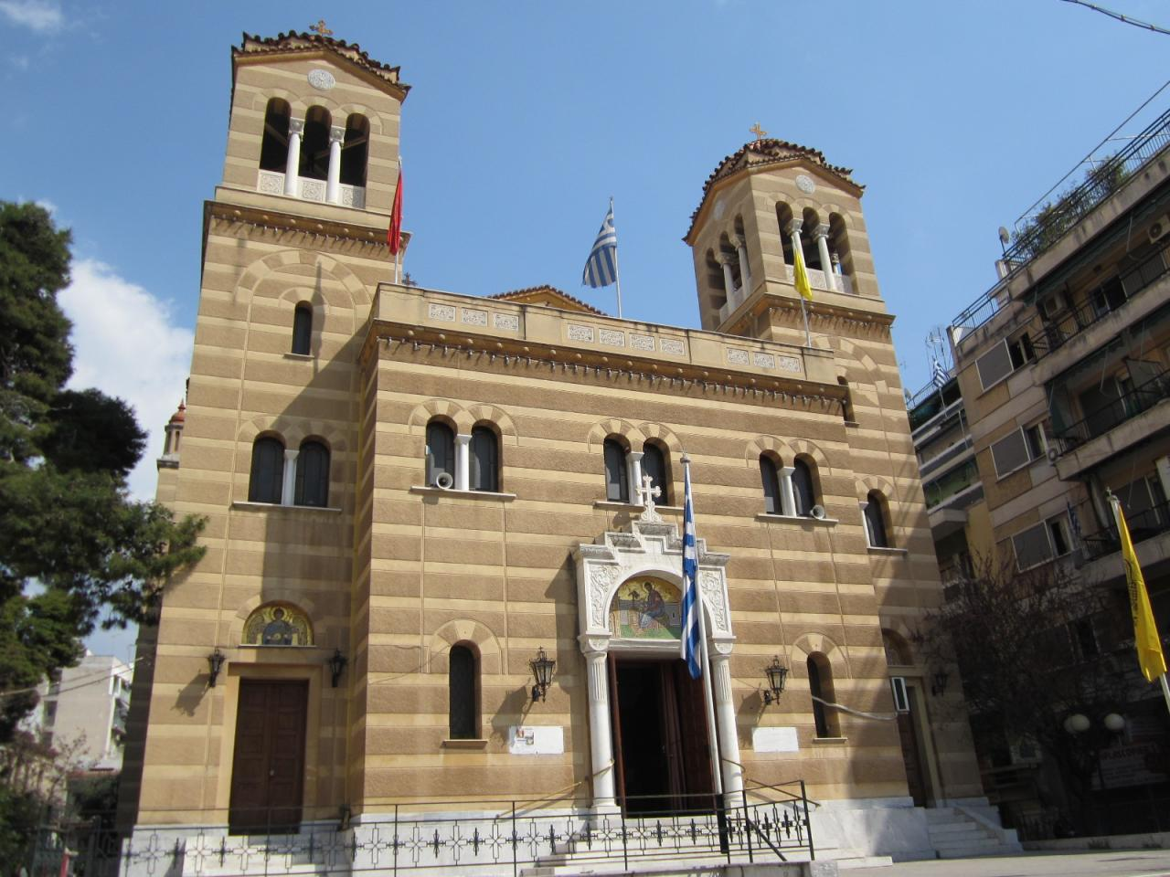 Eglise-IMG_1435-© copyright Grèce Vacances