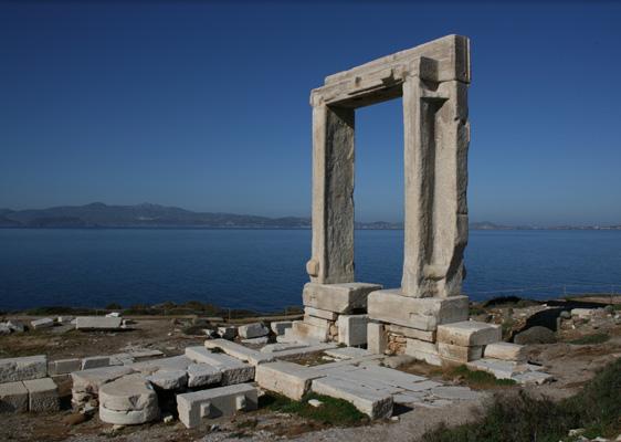 Naxos01 portara