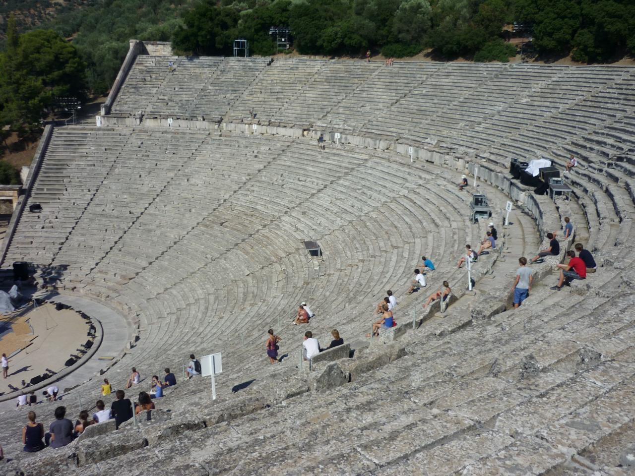 P1010904 -le théâtre d'Epidaure