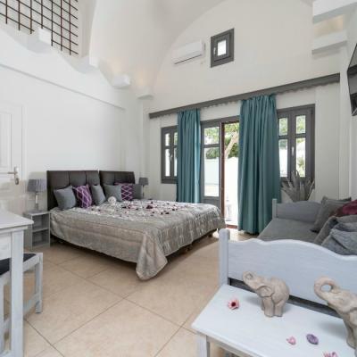 Santorin-PSI 11-Tholos suite