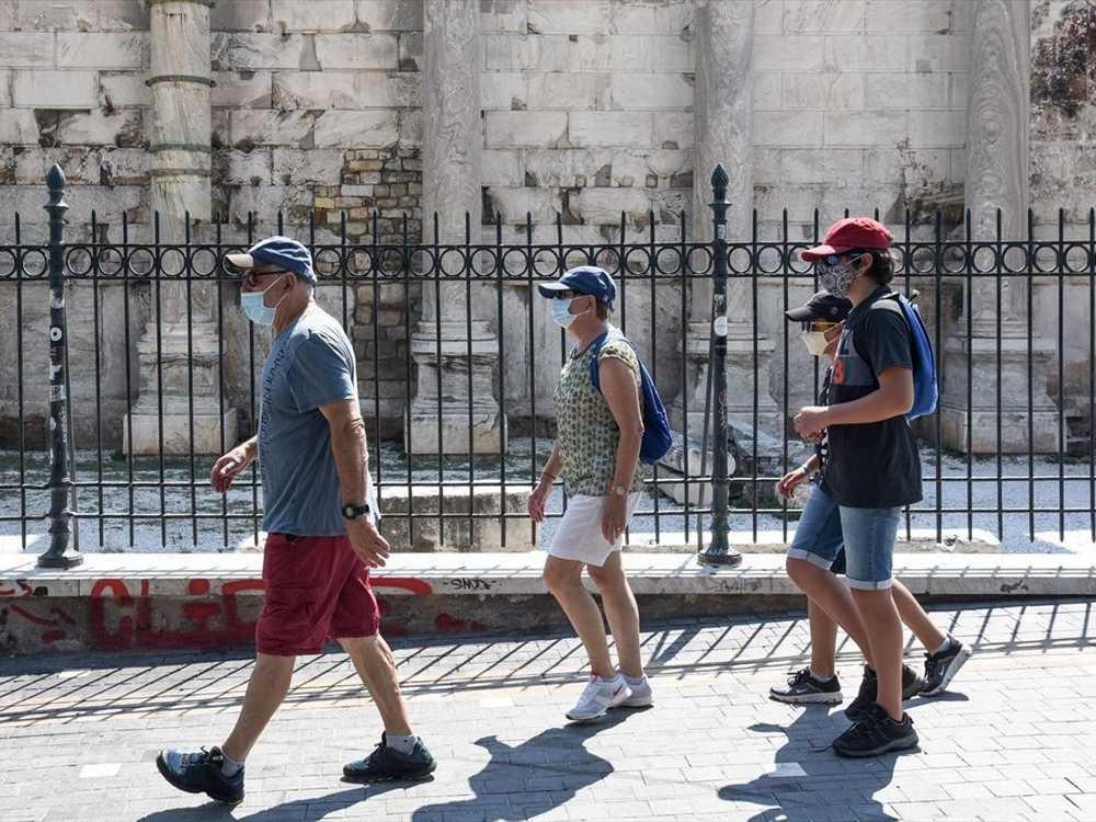 2021 touristes athenes covid