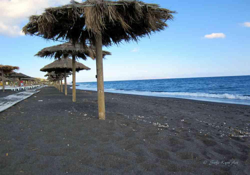 Plage noire - Santorin
